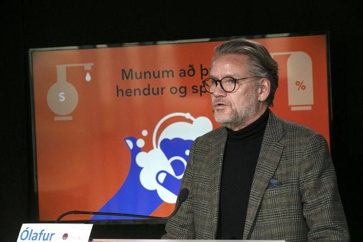 Ólafur Stephensen segir skilaboðin til atvinnurekenda skýr. Ekki leita að undanþágum og standa með stjórnvöldum.