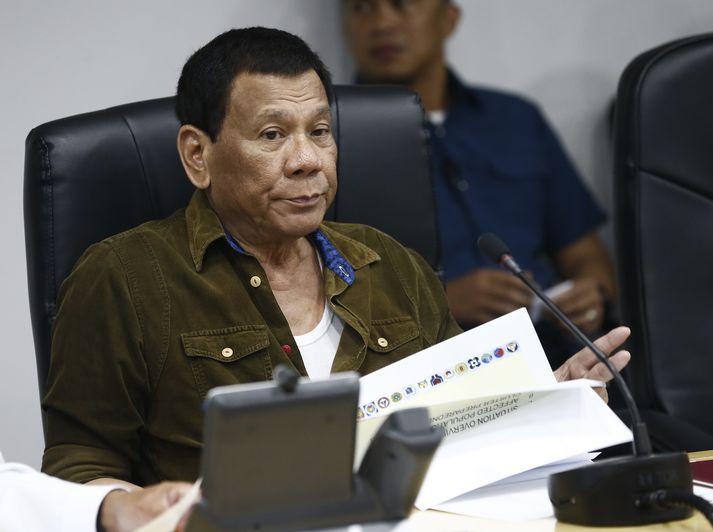 Duterte forseti Filippseyja hefur háð blóðugt stríð gegn fíkniefnum. Filippseyjar eiga sæti í mannréttindaráðinu.