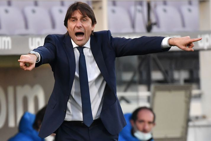 Með sigri á Juventus jafna strákarnir hans Antonios Conte í Inter AC Milan að stigum á toppi ítölsku úrvalsdeildarinnar.