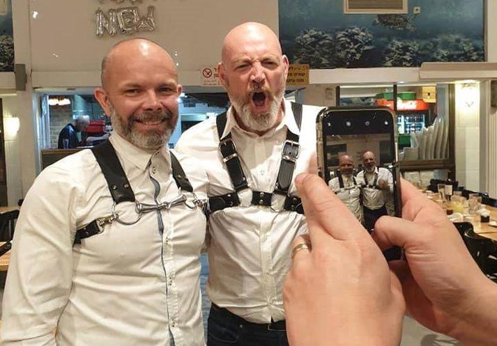 Baldur Þórhallsson og Felix Bergsson eru nú staddir í Tel Avív en Felix er fararstjóri íslenska Eurovision-hópsins.