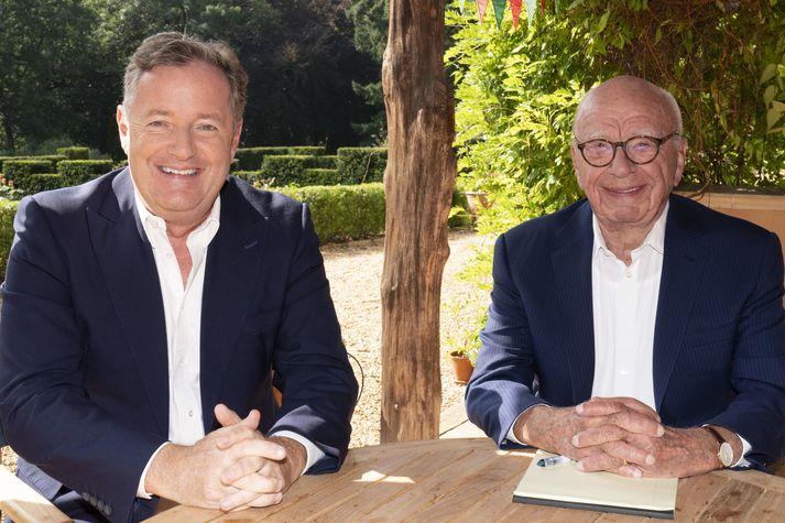 Rupert Murdoch, stjórnarformaður News Corp, og Piers Morgan voru keikir með væntanlegt samstarf, en Morgan hefur gengið til liðs við News Corp og Fox News Media.