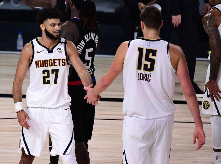 Jamal Murray skráði sig í sögubækur NBA-deildarinnar í nótt ogNikola Jokić hlóð í þrefalda tvennu.