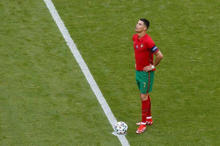 Cristiano Ronaldo uppgefinn í kvöld.