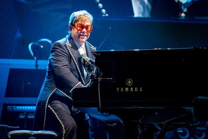 Elton John er mikill og litríkur karakter og verður forvitnilegt að sjá hvernig Taron Egerton gengur í hlutverki hans í Rocketman.