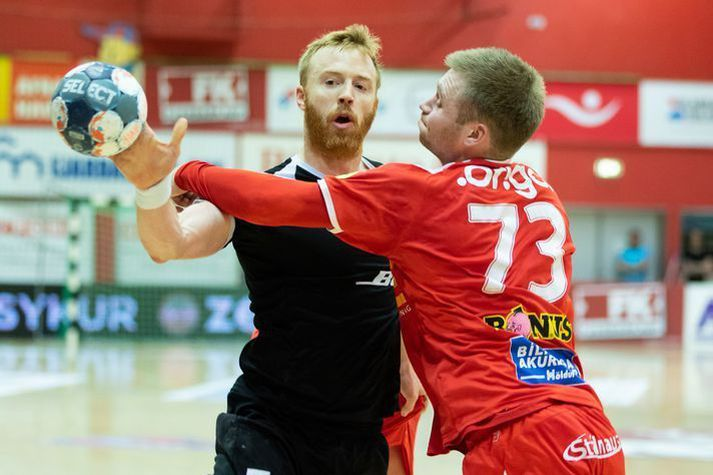 Ásbjörn Friðriksson og Einar Pétur Einarsson eru komnir í sumarfrí.
