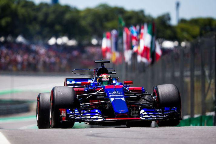 Brendon Hartley í Toro Rosso bílnum í Brasilíu.