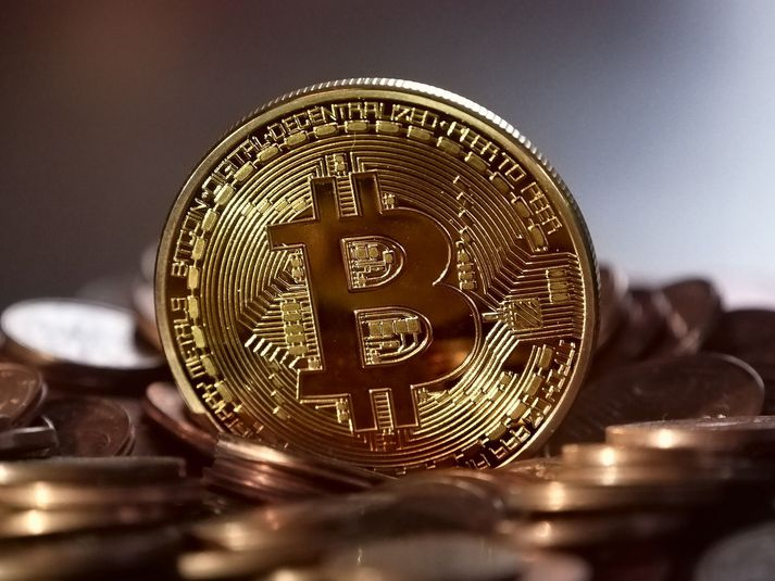 Yngra fólk á til að vera ginnkeypt fyrir Bitcoin svikum.