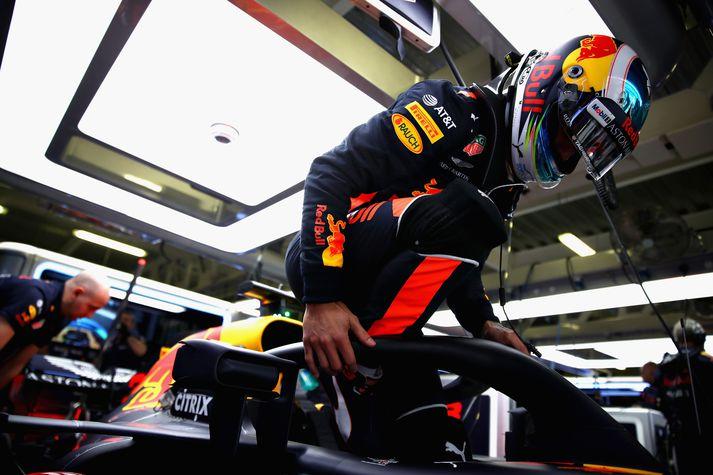 Ricciardo á ráspól.
