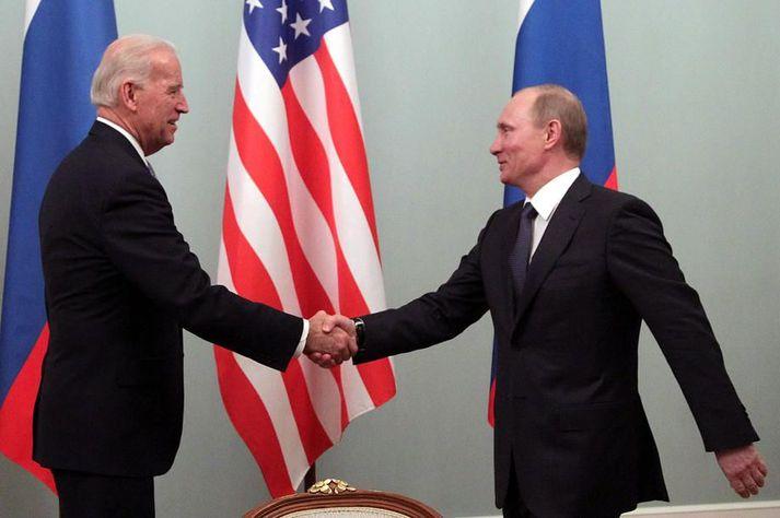 Biden og Pútín á fundi árið 2011 þegar Biden var varaforseti Bandaríkjanna.