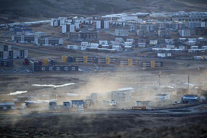Að uppbyggingu lokið verður Úlfarsárdalur alls 1.300 íbúða hverfi.
