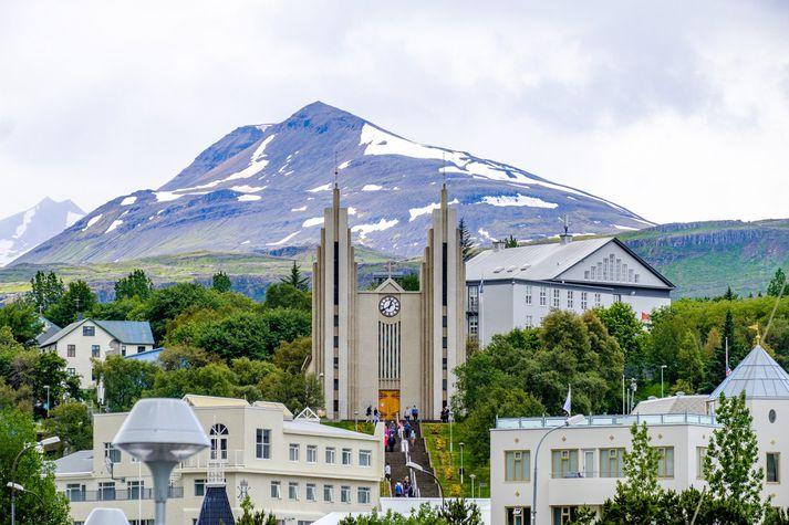 Frá Akureyri. Veðurfræðingur á vakt segir að það verði mjög kalt aðfaranótt sunnudagsins.