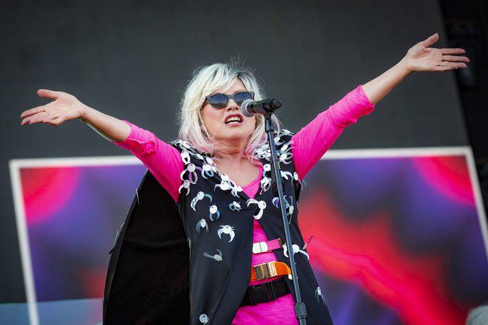 Debbie Harry var í góðu stuði á tónleikum fyrr í sumar og hefur engu gleymt. Blondie hefur gefið út fimm plötur síðan sveitin kom aftur saman árið 1997.