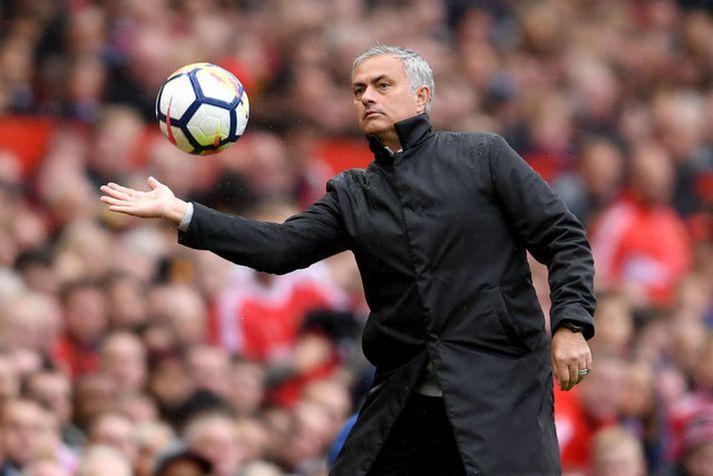 José Mourinho ætlar sér sigur á Anfield.