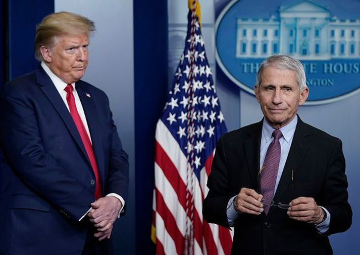 Donald Trump og Dr. Anthony Fauci.