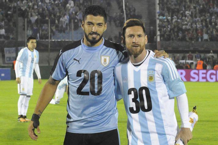 Luis Suarez og Lionel Messi auglýsa suðurameríska framboðið fyrir HM 2030.