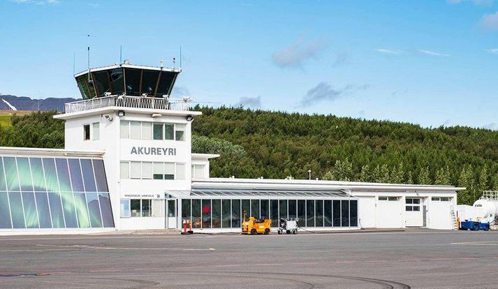 Flugstöðin á Akureyrarflugvelli verður stækkuð. Er áætlað að viðbyggingin verði um þúsund fermetrar.