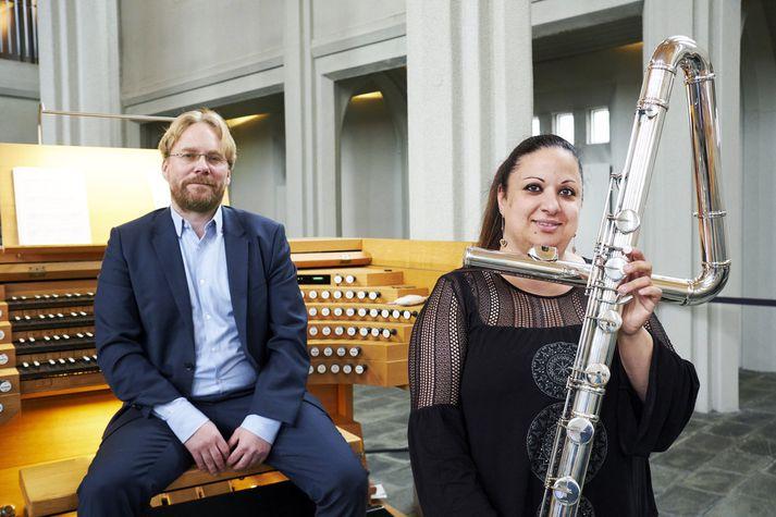 Steingrímur og Pamela hafa ekki komið fram saman síðan 2016 og þá í Hallgrímskirkju. Þau endurtaka leikinn í dag.