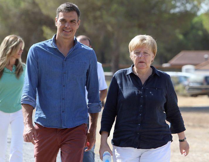 Merkel og Pedro Sánchez, forsætisráðherra Spánar.