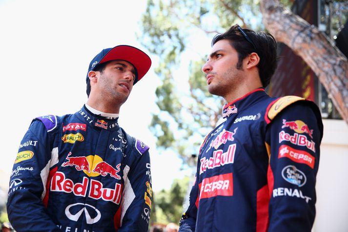 Carlos Sainz (til hægri) er á leið frá McLaren til Ferrari. Sæti hans hjá McLaren tekur Daniel Ricciardo (til vinstri). Þeir voru áður samherjar hjá Red Bull.