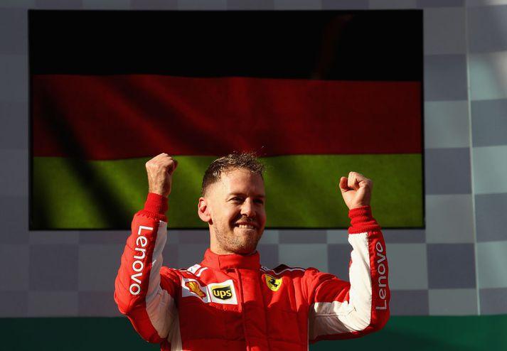 Sebastian Vettel fagnar.