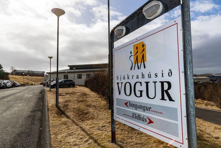 Yfir sextíu starfsmenn meðferðarsviðs lýsa yfir vantrausti á formann og framkvæmdastjórn.