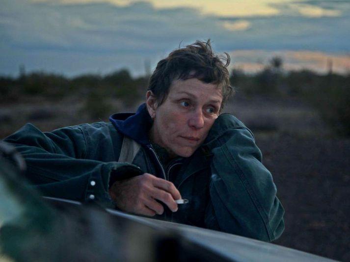 Frances McDormand leikur Fern í Nomadland.