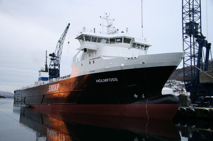 Hólmsfoss er eitt af flutningaskipum Eimskips.