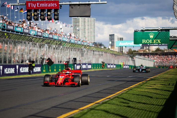 Vettel var á undan Hamilton í dag.