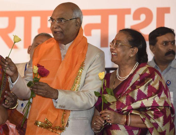 Ram Nath Kovind var kjörinn 14. forseti Indlands árið 2014. Með honum á myndinni er Savita Kovind forsetafrú.