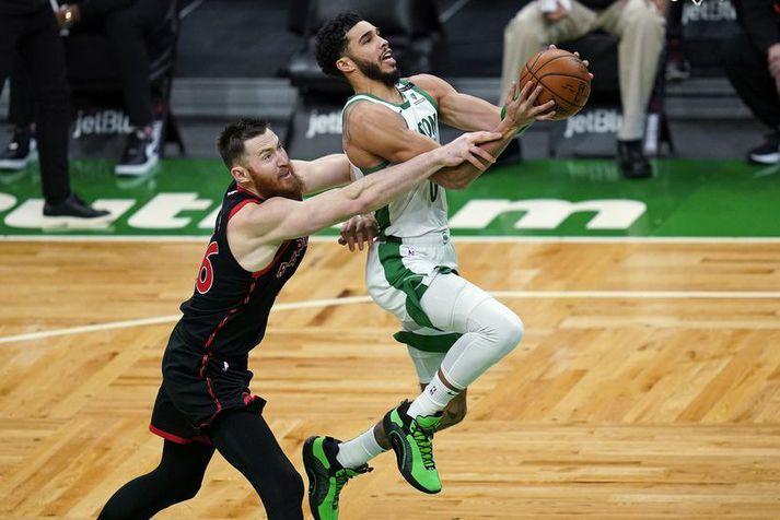 Jayson Tatum var mjög góður í sigri Boston Celtics á Toronto Raptors í nótt.