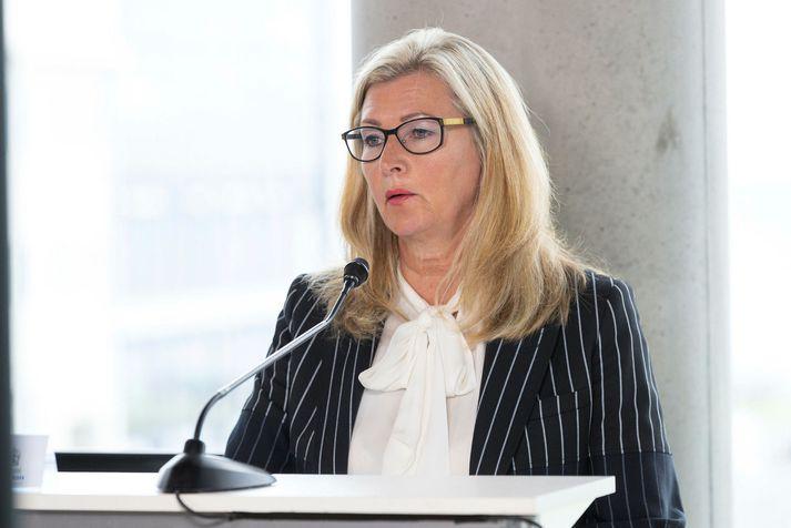 Alma Möller landlæknir á upplýsingafundi almannavarna.