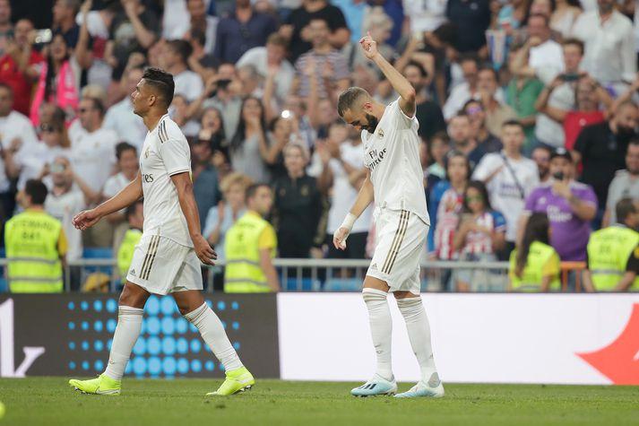 Benzema fagnar. Mark hans dugði Real Madrid ekki til sigurs á Real Valladolid.
