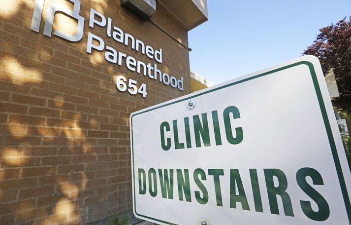 Samtök sem framkvæma þungunarrof eins og Planned Parenthood létu reyna á lögmæti bannsins í Ohio fyrir dómstólum.