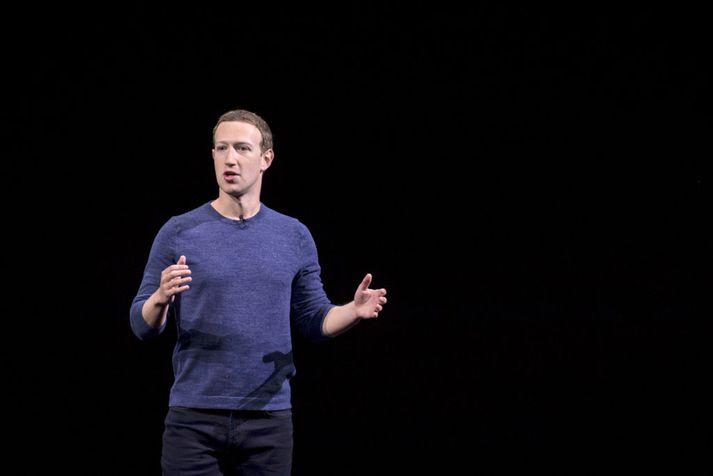 Mark Zuckerberg, stofnandi Facebook, hefur átt erfitt ár.