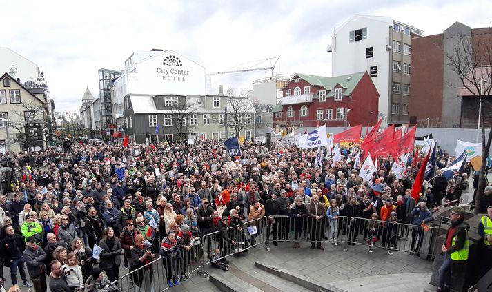 Frá kröfugöngu verkalýðsins 1. maí síðastliðinn. Verkalýðshreyfingin hefur lengi barist fyrir hækkun á persónuafslætti.