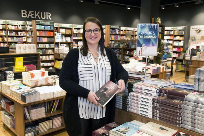 Eygló Birgisdóttir, verslunarstjóri Pennans Eymundsson í Smáralind. myndir/Stefán