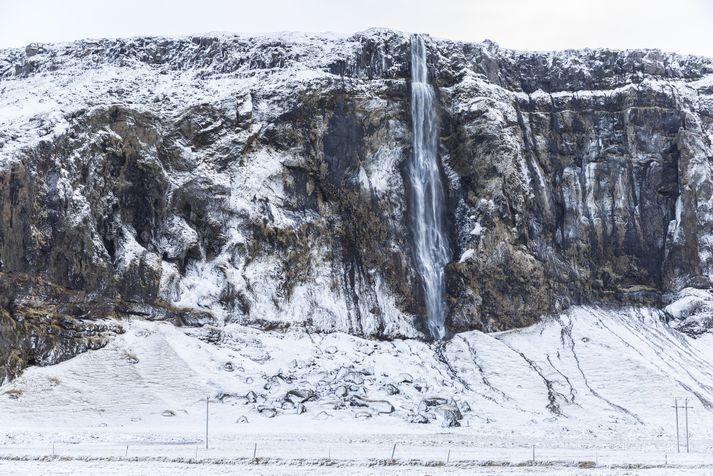 Einkum er varað við vatnavöxtum í kringum fjöll og jökla.