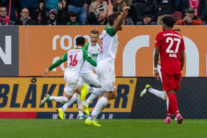 Alfreð Finnbogason fagnar marki sínu á móti Bayern München á dögunum.