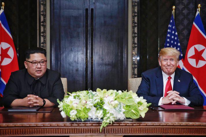 Kim Jong Un og Donald Trump.