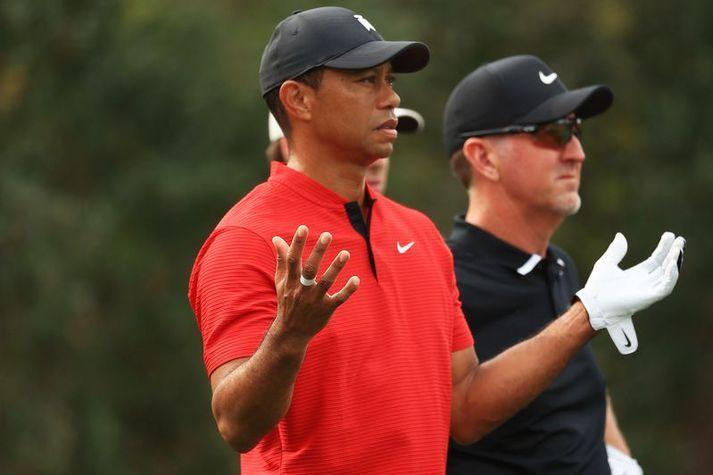 Tiger Woods er nú í endurhæfingu eftir bílslysið sem hann lenti í febrúar.
