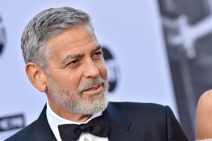 George Clooney er 57 ára.