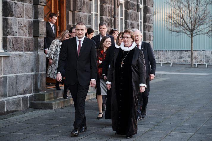 Kjararáð ákveður laun æðstu embættismanna ríkisins og fleiri.