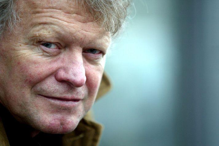 Rúnar Júlíusson, einnig þekktur sem Rúnni Júl, var bassaleikari hljómsveitarinnar Hljóma. Hann var gallharður Keflvíkingur.