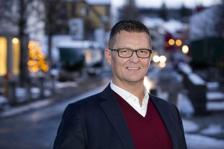 Ingvar Jónsson en hann er stjórnunar- og markaðsfræðingur ásamt því að vera ICF markþjálfi.