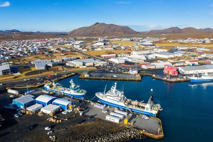 Skjálfti að stærð 3,9 varð rétt fyrir utan Grindavík í dag.