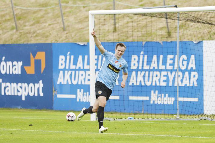 Alex Freyr fagnar eftir að hafa komið KR í 0-1.