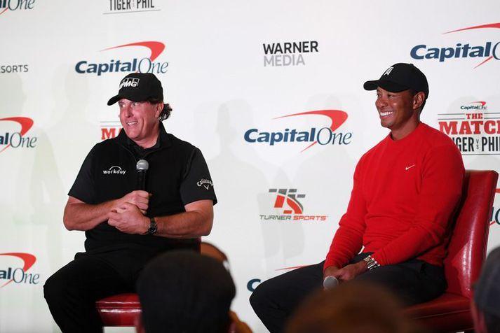 Phil Mickelson og Tiger Woods eru báðir gríðarlega vinsælir og sigursælir kylfingar.