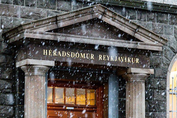 Tvær af þremur kröfum höfðu borist Héraðsdómi Reykjavíkur í morgun.