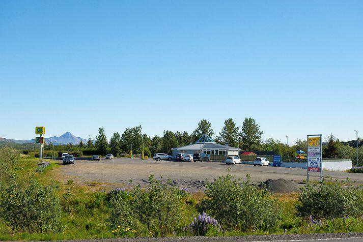 Baulan var reist árið 1986 og Skeljungur keypti húsnæðið fyrir tæpu ári.