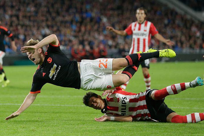Luke Shaw fótbrotnaði í leik Manchester United og PSV í Meistaradeild Evrópu árið 2015
